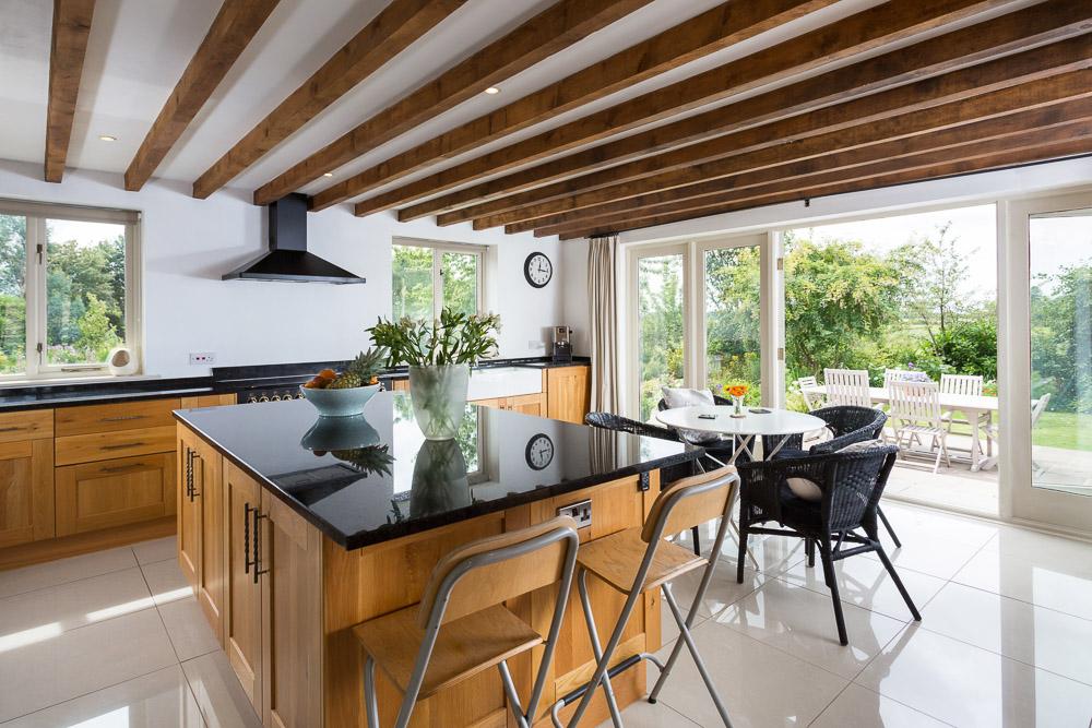 Oak kitchen property